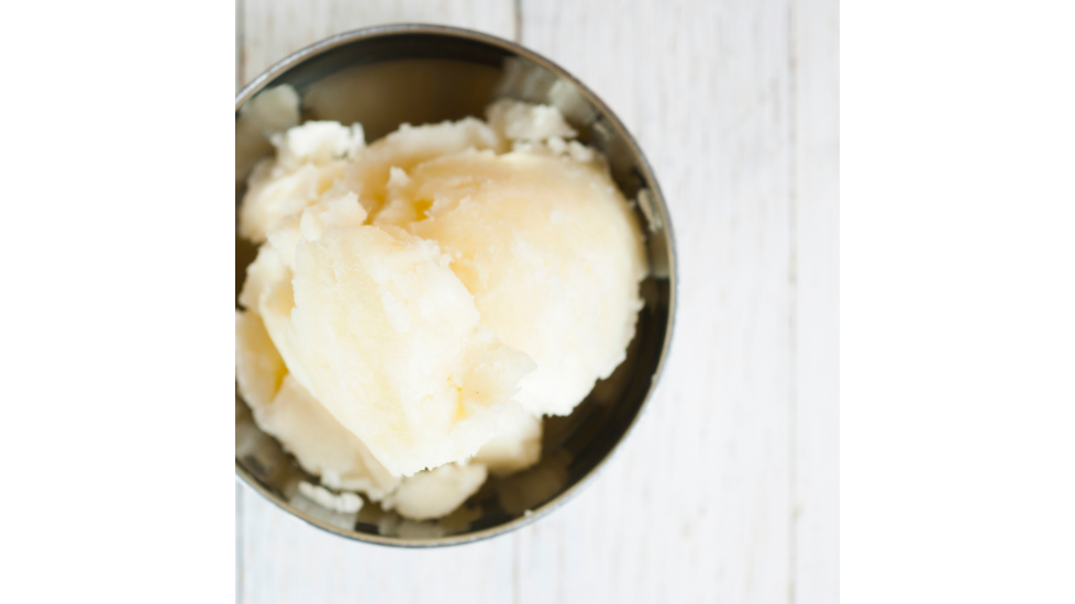 Beurre biologique de karité- cru de Ghana